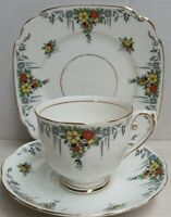 Vintage Reid & Co Roslyn China Hand Painted Bone China Trio c1937-46 England