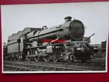 PHOTO  GWR CLASS KING 4-6-0 LOCO NO 6007 KING WILLIAM III ON SHED AT OLD OAK COM