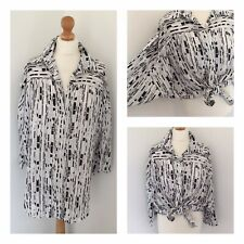 True Vintage Top 12 Clockhouse C&A Black White Oversized Shirt Blouse Batwing L1