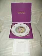 Royal Doutlon Valentines day plate 1976 Mint!