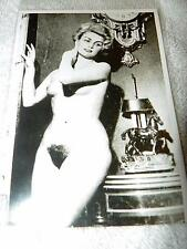 VTG ORIGINAL B&W PIN-UP GIRL PHOTO--Cute Naked Nude European Woman Breasts Pinup
