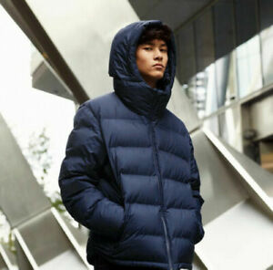 Brand new with tag Uniqlo Men's Seamless Down Parka XS Blue.