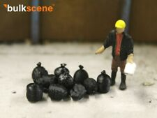 BULKSCENE - MODEL BLACK BIN SACKS RUBBISH SCRAP - PACK OF 10 - OO GAUGE