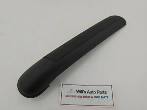 GENUINE BRAND NEW HYUNDAI TIBURON 2001-2006 COVER ONLY- LH OUTER DOOR HANDLE