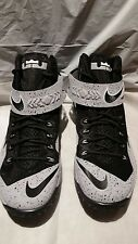 New! NIKE LEBRON ZOOM SOLDIER VIII WOLF GRAY King James 688579-001  Size 10.5