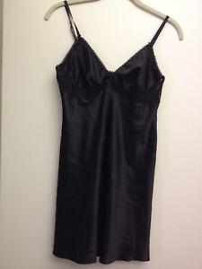 NWT! Victoria's Secret Dream Angels Lace Satin Slip Lingerie S Unlined Black