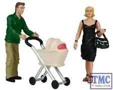 22-173 Scenecraft G Scale Shopping People