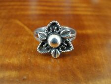 925 Ring Size 5 Triangle Shape Flower Sterling Silver