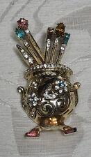 Spilla Coro Craft Brooch 150234 Katz 1947 Vaso con scettri metallo dorato strass