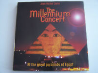 LIVRE DE JEAN MICHEL JARRE , THE MILLENNIUM CONCERT EGYPTE 1999 ,103 PAGES .