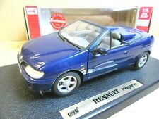 Anson 1/18ème : Renault Megane cabriolet + boîte d'origine.