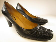 Biviel Black High Heels Pumps Size EUR 40 US 9 - 9.5