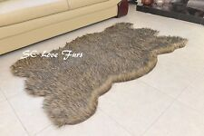 "24 x 48"" Black Tip Gray Coyote Plush Fur Rugs Bearskin Rug Decors"