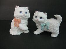 Vtg Homco Ceramic Cats Big Bows White Kitty Cats Blue Eyes Pretty Kitties