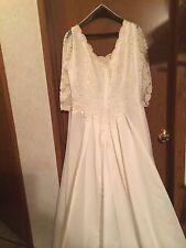 Women White Vintage Beading Style Wedding Dress Size 24 See Details