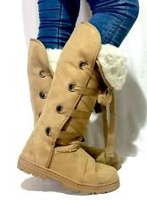 womens lace up nomad style boot size 5 beige new without tags winter shoes