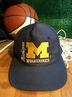 Rare Vintage U of M Michigan Wolverines front row snapback hat cap h54