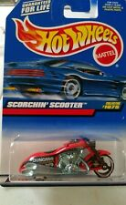 Hot Wheels Scorchin' Scooter Motorcycle 1998Collector #1075 Red