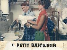 LOUIS DE FUNES LE PETIT BAIGNEUR 1968 PHOTO D'EXPLOITATION ANCIENNE #2