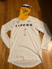 NWT LSU Tigers Nike DriFit Hooded T-shirt Size Small $50  RARE  CHAMPS