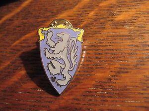 Hidden Mickey Mouse Pin - 2012 Disneyland Disney World Park Lion Shield Badge