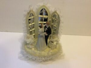 Vintage Wilton Bride & Groom Bridal Waltz Wedding Cake Topper