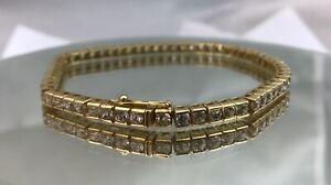 Beautiful 18ct Gold & White Gem Tennis Bracelet.  16.9 Grams.