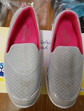 SCHOLL  WOMANS GUSTO MARY JANE GREY SLIP ON US 8.5, UK 6.5, EURO 39 NEW