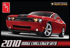 AMT 2010 Dodge Challenger SRT8 1/25 model kit new 688
