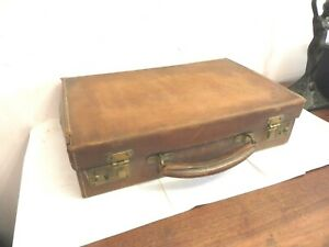 FOUND ORIGINAL POST WW1 LEATHER WRITING  TRAVEL  SUITCASE WITH KEY- LOCKABLE