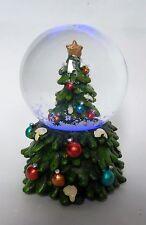 Schneekugel Tannenbaum mit Farbwechsler 7cm dekoration Weihnachten Schnee Kugel