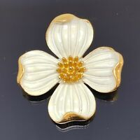 TRIFARI VINTAGE Gold Tone White Enamel DOGWOOD Blossom Flower Brooch Pin B3