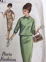 1964 Simplicity 5391 Vintage Sewing Pattern Womens Dress Paris Fashion Size 14