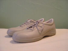 Womens GRASSHOPPERS Beige Sneakers Size 8