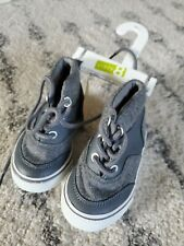 New Toddler shoes size 5 boys - Crazy 8