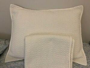 Set of 2 Shams Ralph Lauren Queen Indochine Quilt : Blue / Cream / White