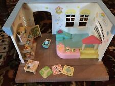 EUC CALICO CRITTERS Toy Store