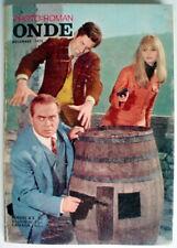 PHOTO-ROMAN ONDE AVEC FILLES NUES DE DÉCEMBRE 1970, No.6 **** 1970'S FRENCH BOOK