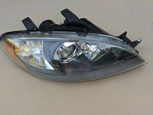 2005 2006 2007 2008 SUZUKI RENO PASSENGER RIGHT HEADLIGHT ASSEMBLY