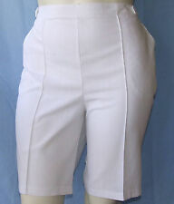 New WHITE Pull-On Ladies SHORTS Size 16