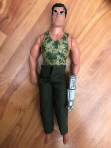 "CLASSIC 12"" HASBRO 1996 GI JOE ACTION MAN FIGURE CAMOUFLAGE + SILVER GUN"
