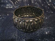 Gorgeous silver tone metal wide bangle style bracelet abstract pattern 2½ ins