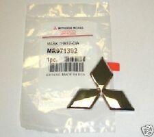 Emblem Badge Front Galant Mitsubishi Triple Diamond 2002 - 2003  NEW MR971392