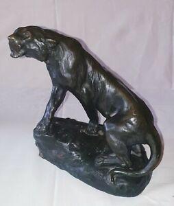 Thomas François Cartier ( 1879-1943 )  Lionne en Bronze signé