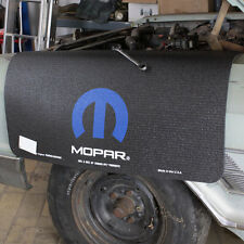 Chrysler Dodge MOPAR Fender Gripper Cover Garde-boue verni de veille anti-dérapant de coffre