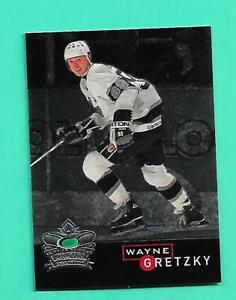 (1) WAYNE GRETZKY 1995-96 PARKHURST CROWN # 6 KINGS INSERT NM+ CARD (V3278)