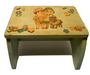 vintage wood childs step stool Daucaupage  Painted