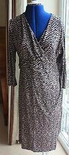 Viyella stretchy sleeved mink & black patterned flattering v neck dress size 12