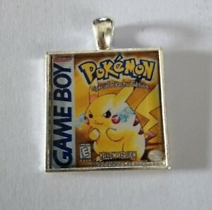 Retro Gaming Necklace And Keyring Gameboy Cover Pokemon Yellow Pikachu