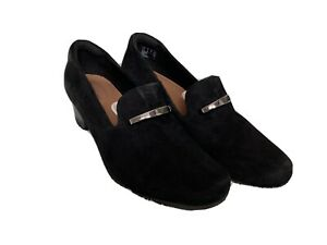 UNSTRUCTURED by CLARKS BLACK SUEDE 1.5 INCH HEEL SHOES SZ 6.5 WORN ONCE EX COND